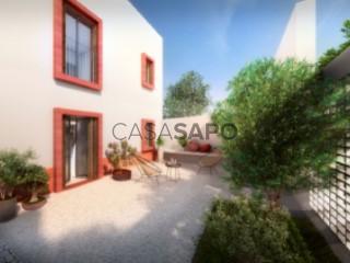 Voir Maison 4 Pièces Avec garage, Quarteira, Loulé, Faro, Quarteira à Loulé