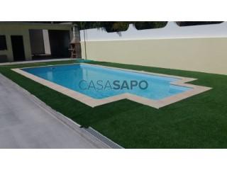 Voir Maison 6 Pièces Duplex avec garage, Santiago do Cacém, S.Cruz e S.Bartolomeu da Serra à Santiago do Cacém