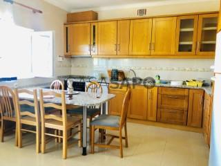 Ver Departamento 3 habitaciones con garaje, Teixoso e Sarzedo en Covilhã