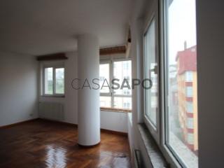 Ver Dúplex 6 habitaciones con garaje en Lugo