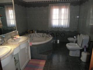 Ver Casa com espaço comercial T4 Com garagem, Conde II, Quinta do Conde, Sesimbra, Setúbal, Quinta do Conde em Sesimbra