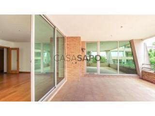 Ver Apartamento 3 habitaciones con garaje en São João da Madeira