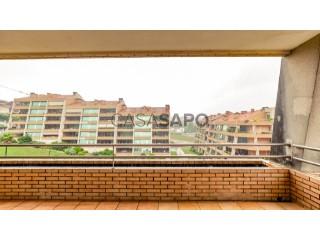 Voir Appartement 4 Pièces avec garage à São João da Madeira