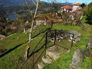 Ver Solar Urbano, Vila e Roussas, Melgaço, Viana do Castelo, Vila e Roussas en Melgaço