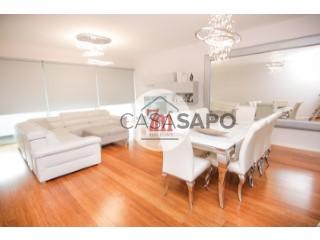 Voir Appartement 4 Pièces Avec garage, Amparo, São Martinho, Funchal, Madeira, São Martinho à Funchal