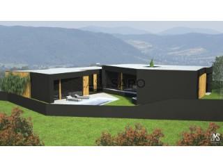 Voir Maison Isolée 4 Pièces avec garage, Revinhade à Felgueiras