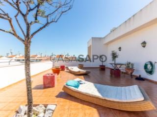 Ver Apartamento T3, Oeiras e São Julião da Barra, Paço de Arcos e Caxias em Oeiras