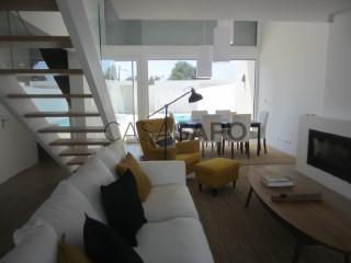 Voir Maison 4 Pièces, Sesimbra (Castelo) à Sesimbra