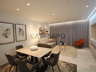 Ver Apartamento T1, Areias de São João (Albufeira), Albufeira e Olhos de Água, Faro, Albufeira e Olhos de Água em Albufeira