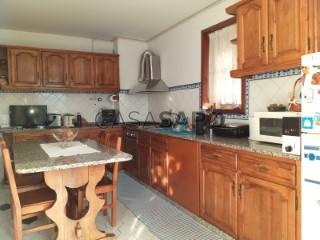 See Apartment 3 Bedrooms With garage, Gondar, Guimarães, Braga, Gondar in Guimarães