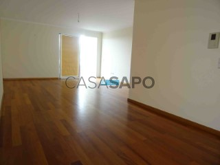 See Apartment 4 Bedrooms Duplex with garage, São Martinho in Funchal