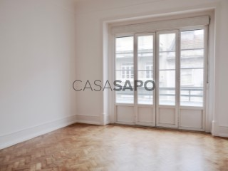 Ver Apartamento T3, Centro (Santo Condestável), Campo de Ourique, Lisboa, Campo de Ourique em Lisboa