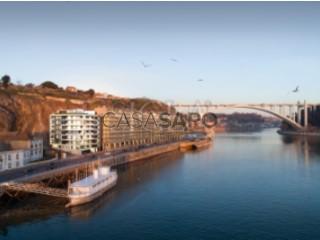 Ver Apartamento T3 Com garagem, Foz (Lordelo do Ouro), Lordelo do Ouro e Massarelos, Porto, Lordelo do Ouro e Massarelos no Porto