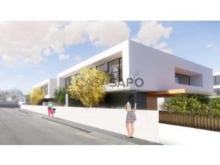 Voir Maison 4 Pièces+1 Avec garage, Avintes, Vila Nova de Gaia, Porto, Avintes à Vila Nova de Gaia
