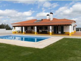 Ver Quinta T5 com garagem, Figueira e Barros em Avis