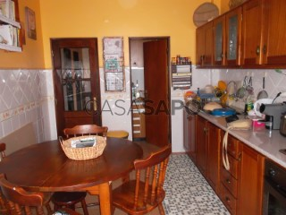 See Apartment 3 Bedrooms in Vila Franca de Xira