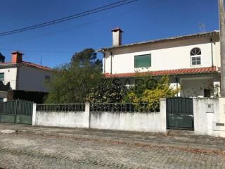 See House 3 Bedrooms with garage, Airão Santa Maria, Airão São João e Vermil in Guimarães