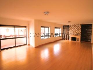 See Apartment 4 Bedrooms With garage, Qta. D. João (Sé Nova), Sé Nova, Santa Cruz, Almedina e São Bartolomeu, Coimbra, Sé Nova, Santa Cruz, Almedina e São Bartolomeu in Coimbra