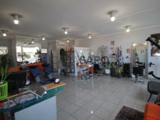 Voir Coiffeur/Salon de Beauté Avec garage, Sé Nova, Santa Cruz, Almedina e São Bartolomeu, Coimbra, Sé Nova, Santa Cruz, Almedina e São Bartolomeu à Coimbra