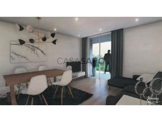 Ver Apartamento T2 com garagem, Santo António dos Olivais em Coimbra