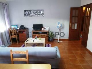 See Apartment 3 Bedrooms with garage in Moimenta da Beira