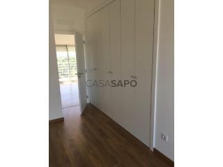 See Apartment 3 Bedrooms, Cidade de Santarém in Santarém