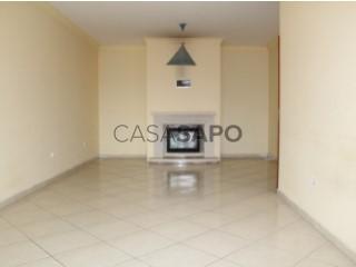 See Apartment 2 Bedrooms With garage, Nossa Senhora de Fátima, Entroncamento, Santarém, Nossa Senhora de Fátima in Entroncamento