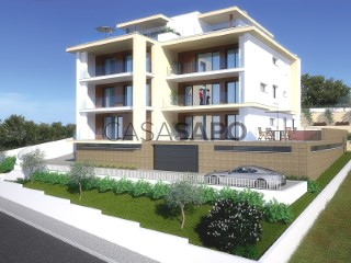 See Apartment 3 Bedrooms with garage in Nazaré