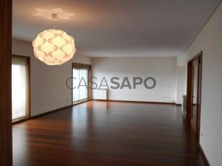 Voir Appartement 7 Pièces Duplex Avec garage, Espinho, Aveiro à Espinho