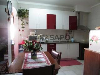 Voir Appartement 4 Pièces, Alto do Seixalinho, Santo André e Verderena à Barreiro