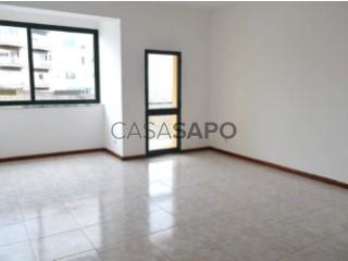 Ver Apartamento 2 habitaciones con garaje, Faro (Sé e São Pedro) en Faro