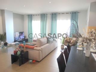 Ver Apartamento 4 habitaciones con garaje en Olhão