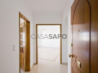 See Apartment 3 Bedrooms With garage, Urbanização da Ribeirada, Odivelas, Lisboa in Odivelas