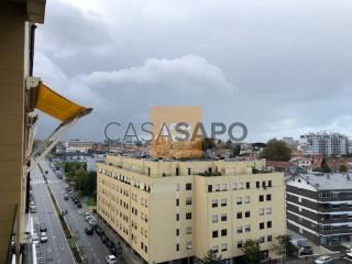 Voir Appartement 7 Pièces avec garage, Ramalde à Porto
