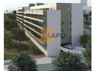 Ver Bloco de apartamentos , Santa Marinha e São Pedro da Afurada em Vila Nova de Gaia