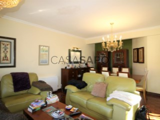 See Apartment 4 Bedrooms With garage, Queijas, Carnaxide e Queijas, Oeiras, Lisboa, Carnaxide e Queijas in Oeiras
