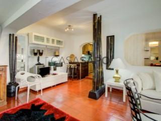 See Apartment 2 Bedrooms, Cascais e Estoril in Cascais