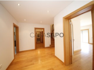 See Apartment 2 Bedrooms +2 Duplex with garage in Viseu