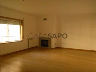 Voir Appartement 3 Pièces Duplex +1 Avec garage, Quinta do Bosque (Coração de Jesus), Viseu à Viseu