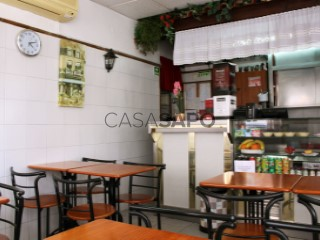 Voir Café/Snack Bar, Campo de Ourique (Santa Isabel), Lisboa, Campo de Ourique à Lisboa