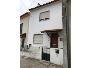 Ver Moradia T2 Duplex, Ramalhal em Torres Vedras