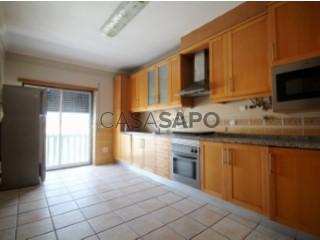 See Apartment 2 Bedrooms + 1 with garage, São Pedro da Cadeira in Torres Vedras