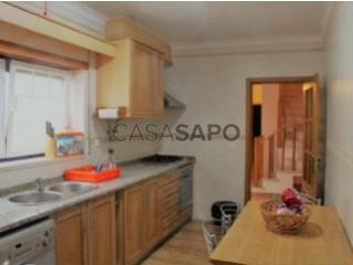 Ver Moradia T2+1 Duplex, Carvoeira, Carvoeira e Carmões, Torres Vedras, Lisboa, Carvoeira e Carmões em Torres Vedras