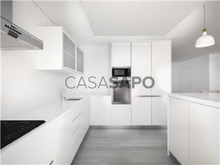 See Apartment 3 Bedrooms with garage in Portimão