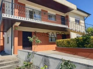 Voir Maison Isolée 5 Pièces avec garage, Serzedo e Perosinho à Vila Nova de Gaia