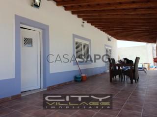 Ver Moradia Isolada T4 com garagem, Atalaia e Alto Estanqueiro-Jardia no Montijo
