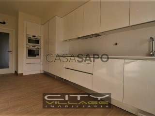 Ver Apartamento T4, Montijo e Afonsoeiro no Montijo