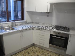 Ver Apartamento 4 habitaciones, Sé Nova, Santa Cruz, Almedina e São Bartolomeu, Coimbra, Sé Nova, Santa Cruz, Almedina e São Bartolomeu en Coimbra
