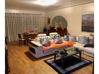 Ver Apartamento 3 habitaciones Con garaje, Olival dos Currais (Forte da Casa), Póvoa de Santa Iria e Forte da Casa, Vila Franca de Xira, Lisboa, Póvoa de Santa Iria e Forte da Casa en Vila Franca de Xira