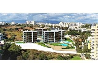 Ver Apartamento T2 Com piscina, Praia da Rocha, Portimão, Faro em Portimão